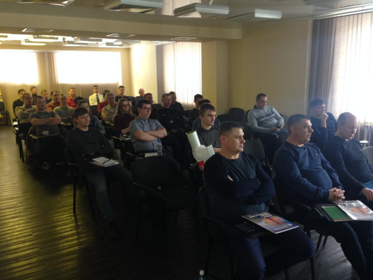 Specialists of Regional Electrical Networks at a technical workshop of Izolyator in Novosibirsk