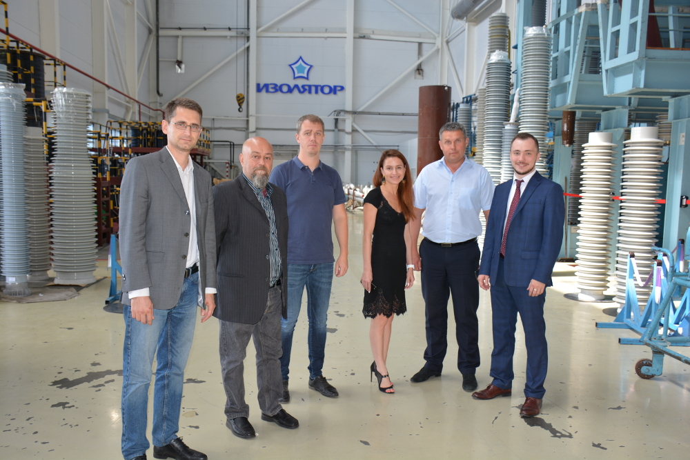 Representatives of Cartiera di Nebbiuno Srl at Izolyator